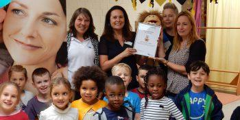 Auszeichnung für die FABIDO Tageseinrichtung für Kinder Grotenkamp in Dortmund Quelle: IKK classic